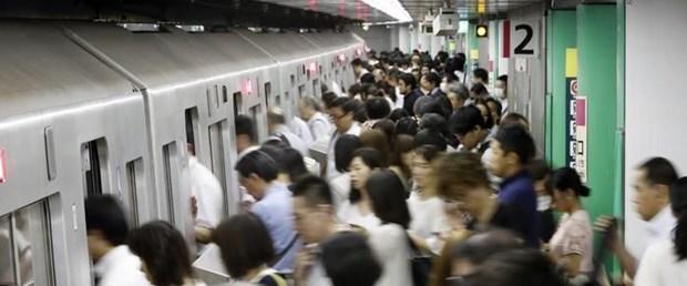japonya metro.jpg