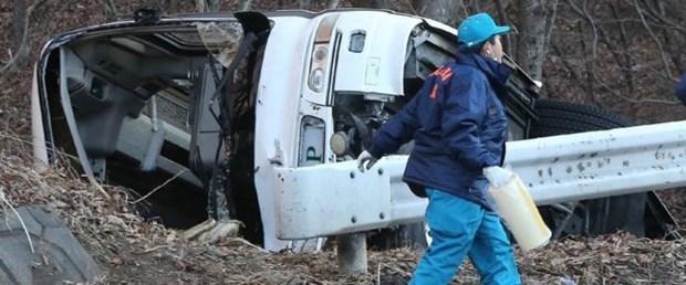 japonya nagano trafik otobüs kaza150116.jpg