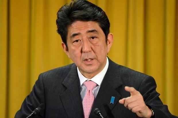 Japonya Başbakanı Şinzo Abe kapatılan nükleer santrallerin bir an önce ekonomiye kazandırılmasını savunuyor.