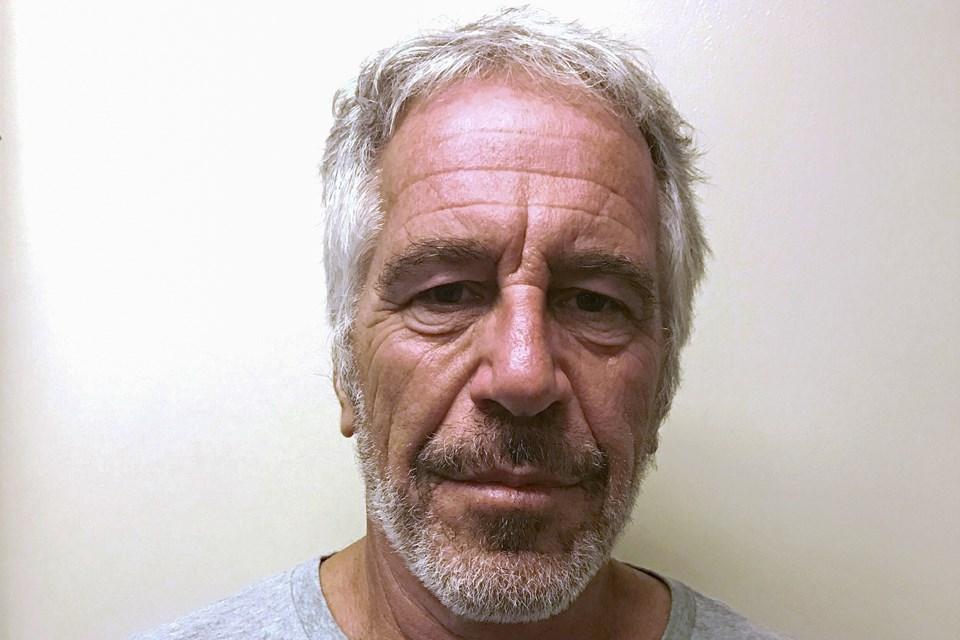 Jeffrey Epstein'ın bilinen son fotoğrafı