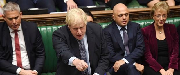 Johnson AB'den imzasız mektupla Brexit ertelemesi istedi