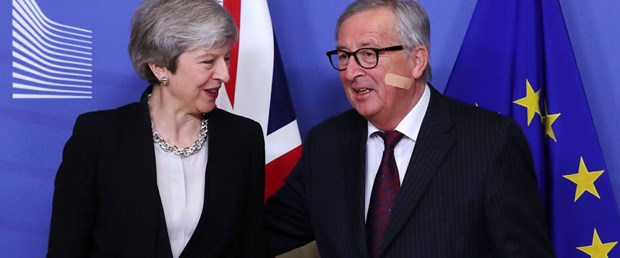 ab juncker ingiltere brexit210219.JPG