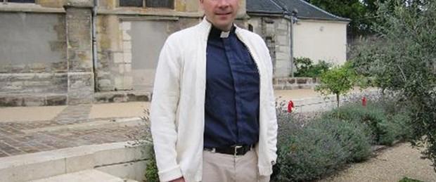 Kaçırılan Fransız rahip serbest
