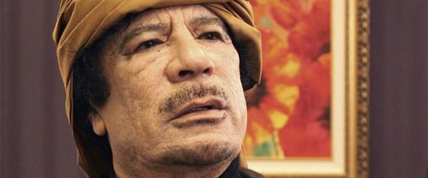Kaddafi: Bu gece geliyoruz