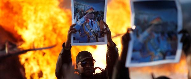 Kaddafi'den karşı taarruz