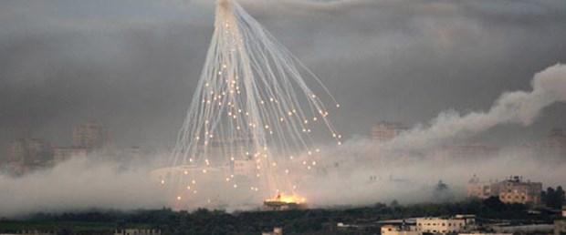 Kaddafi'ye misket bombası suçlaması