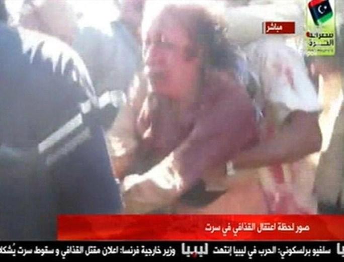 Kaddafi'yi öldüren militana infaz