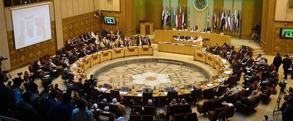 Kahire'de gerginlik Katar oturumu terk etti