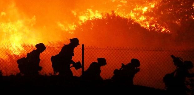Kaliforniya'da 100 bin kişiye tahliye emri