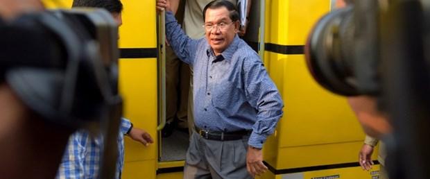 kamboçya hun sen başbakan onur unvanı120516.jpg