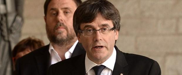 katalonya ispanya referandum gözaltı200917.jpg