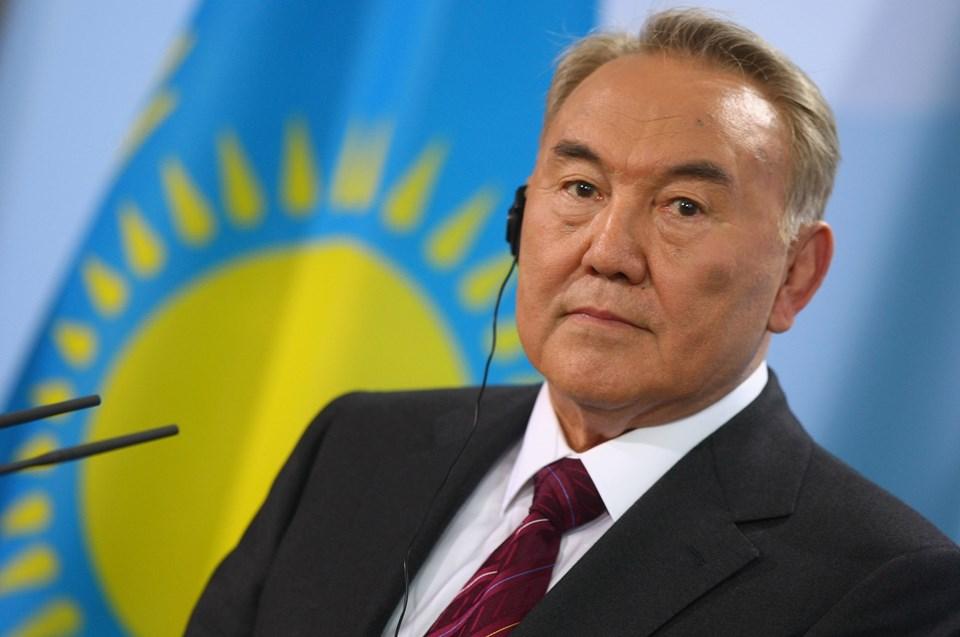 """Kazakistan Devlet Başkanı Nursultan Nazarbayev 1991 yılından bu yana ülkeyi """"demir yumruk""""la yönetiyor."""