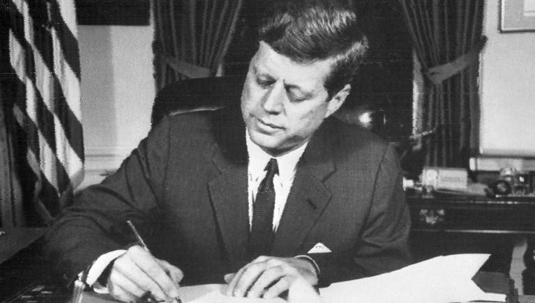 ABD eski Başkanı John F. Kennedy 1963'te bir suikast sonucu yaşamını yitirmişti.