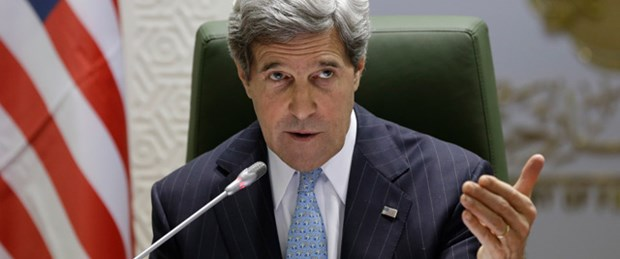 Kerry: Suriyeli muhalifleri eğitiyoruz