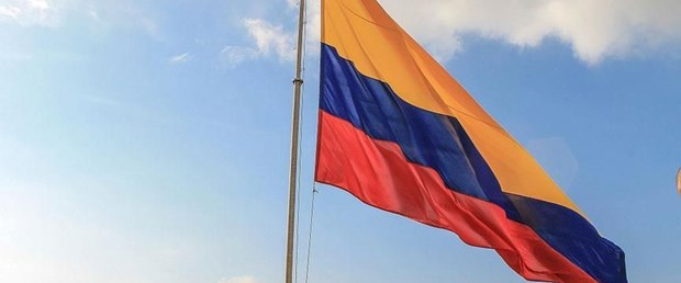 kolombiya bayrak.jpg