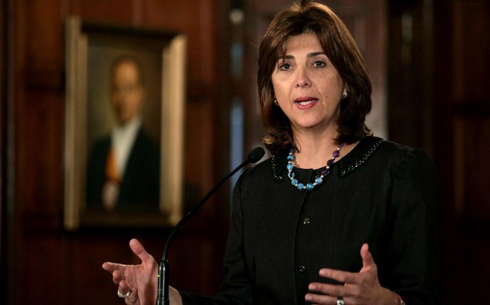 """Kolombiya'nın Washington BüyükelçisiAndres Florez, Kolombiya Dışişleri Bakanı Maria Angela Holguin'e gönderdiği mektupta ülkesini """"Novartis"""" konusunda uyardı."""