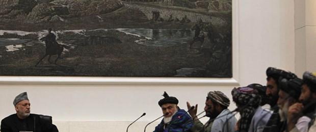 Köylülerden Karzai'ye azar