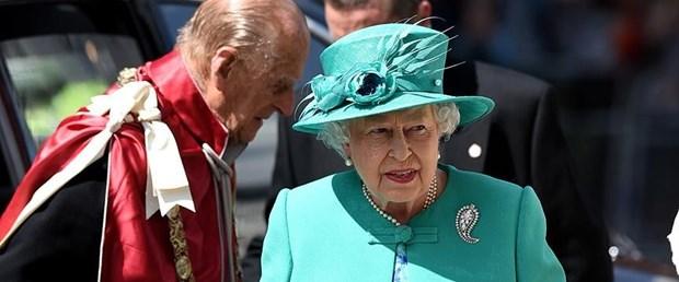 Kraliçe II. Elizabeth.jpg