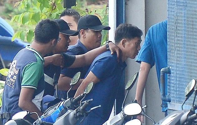 Suikast sonrası Kuzey Kore vatandaşı 4 kişi Malezya'yı terk etti. Bir kişi ise gözaltında bulunuyor.