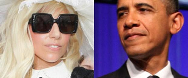 Lady Gaga Obama'nın arkasında