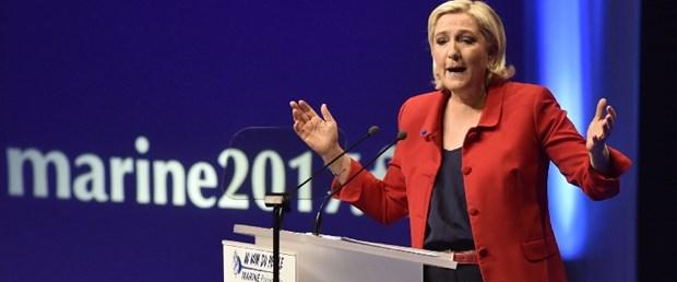 fransa cumhurbaşkanığlığı seçim marine le pen270317.jpg