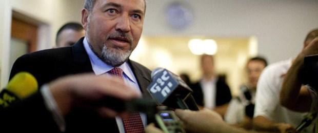 Lieberman 'özür'de Clinton'ı örnek alacak