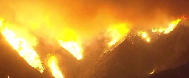 los angeles yangın evler yanıyor051217.jpg