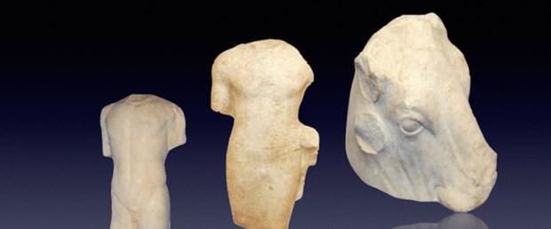 statues-lebanon.png