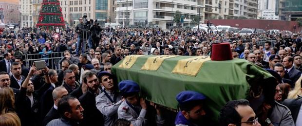 Lübnanlı eski bakan Şatah toprağa verildi