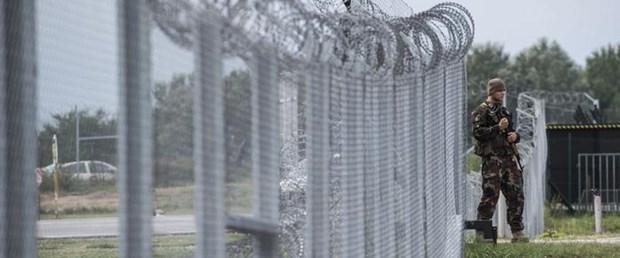 macaristan orban sınır çit ab010917.jpg