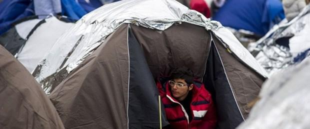 makedonya sava nehri mülteci140316.jpg