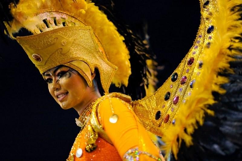 Malezya'da renkli karnaval