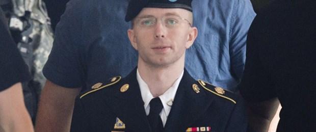 Manning ABD'den ilk kez özür diledi