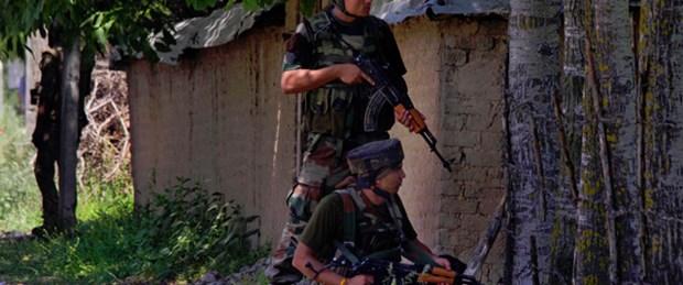 Maocu gerillalar dehşet saçtı: 28 ölü