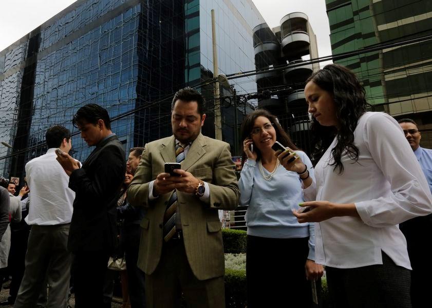 Meksika'da 6.8 büyüklüğünde deprem