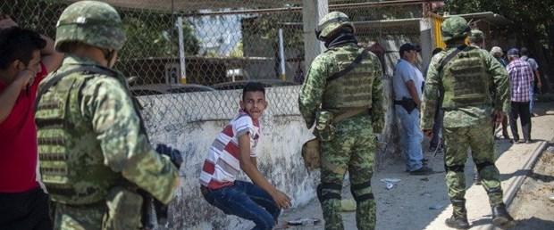 meksika silah çatışma030319.jpg