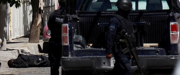 Meksika'da uyuşturucu savaşı: 28 ölü