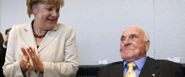 Merkel'den İslam açılımı
