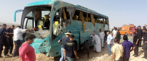 mısır kaza trafik120917.jpg