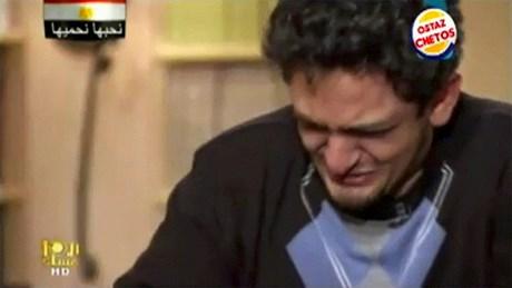 Golim'in televizyonda gözyaşlarına hakim olamadığı an.