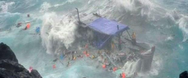 Mülteci teknesinde facia: 27 ölü