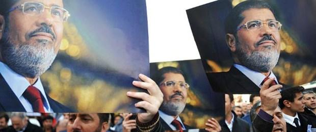 Mursi yine hakim karşısında