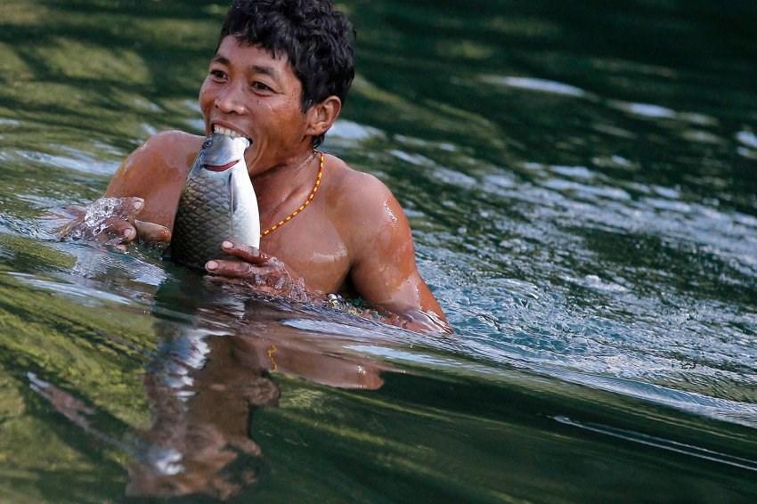 Naga kabilesi ilk kez fotoğraflandı