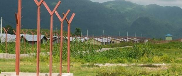 myanmar arakan müslüman köy100919.jpg