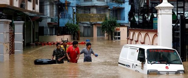 nepal yağmur
