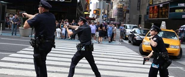 170811-new-york-polis.jpg