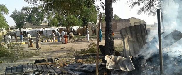 Nijerya da savaş uçakları �yanlışlıkla mülteci kampını bombaladı 100 den