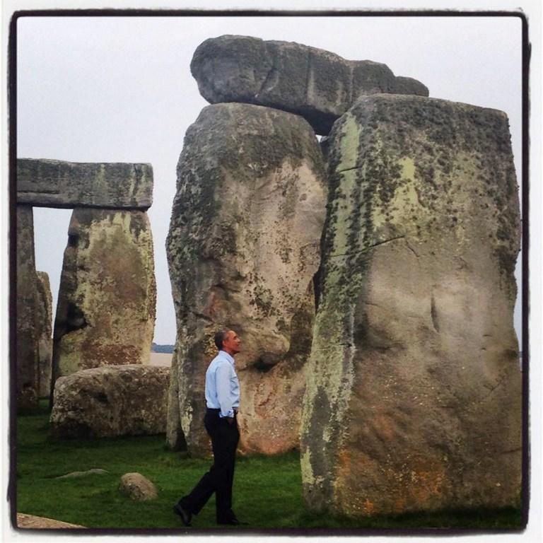 Obama Stonehenge'i gezdi