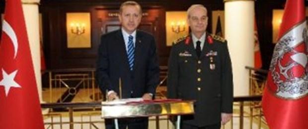 'Orduya güven azalalırken Erdoğan'a artıyor'