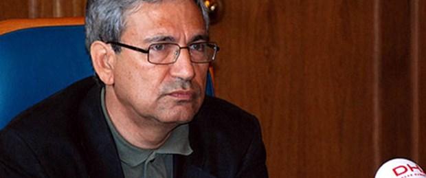 Orhan Pamuk'tan Esad'a: Kaddafi gibi olursun